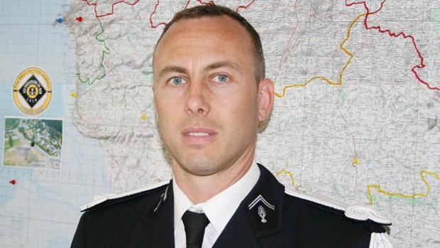El heroico gendarme de Trèbes: se intercambió por un rehén y fue herido grave
