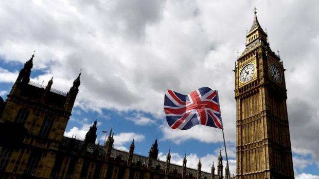 Exterior del Parlamento británico