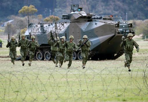 Japón aprueba las normas para ampliar el papel de su Ejército 1405902670-kCfH--510x349@abc