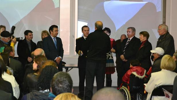 Ceremonia de naturalización en una alcaldía de Francia