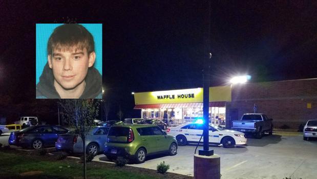 Un hombre desnudo mata a 4 personas con un fusil de asalto  en un restaurante de Tennessee