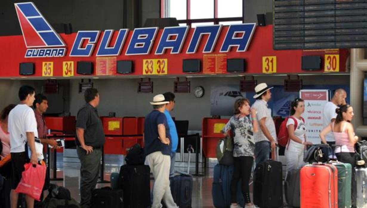 un-avion-de-la-aerolinea-mexicana-damojh-se-estrella-tras-despegar-de-la-habana