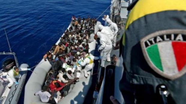 Juncker advierte a Salvini y a Di Maio sobre la expulsión de masiva de inmigrantes