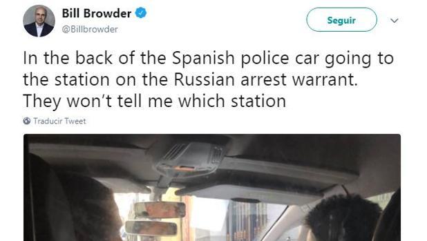 La Policía libera a un empresario británico que colabora con Anticorrupción en una investigación de blanqueo