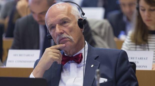 Anulan las sanciones al eurodiputado que dijo que las mujeres eran «más débiles y menos inteligentes»