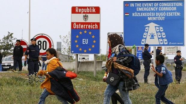 Los ultras austriacos cuestionan la libre circulación de ciudadanos en Europa