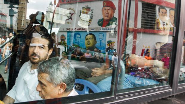 Maduro «libera» con medidas cautelares al segundo grupo de presos políticos