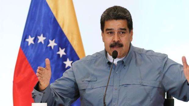 Maduro declarará festivo el día que Venezuela salga de la OEA