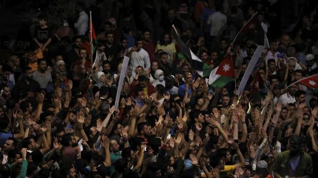 Jordania renuncia a la polémica reforma tributaria que desencadenó las protestas