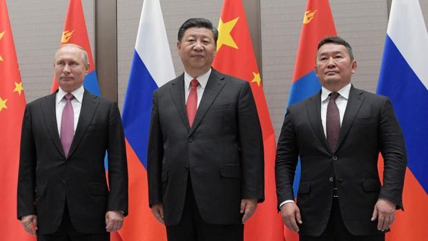 China «contraprograma» al G-7 reuniendo a las potencias orientales