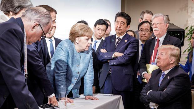 Lo que se esconde detrás de la icónica imagen de Merkel versus Trump en el G7