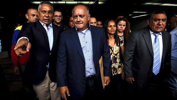 EE.UU. confisca a Diosdado Cabello 800 millones de dólares y deporta a su hija