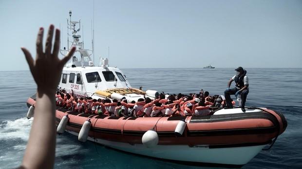 Un nuevo naufragio deja 41 inmigrantes rescatados y 12 ahogados en la costa libia