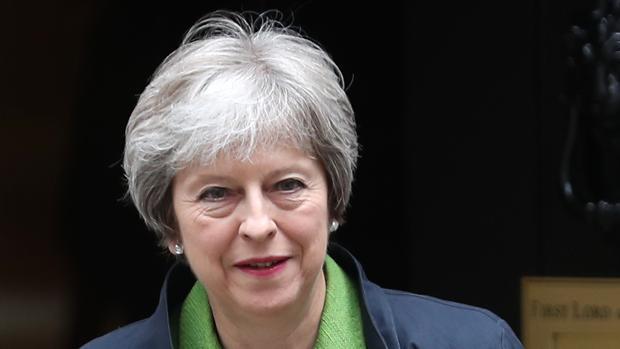 Theresa May gana la votación sobre el Brexit en el Parlamento pese a la amenaza de rebelión en sus filas