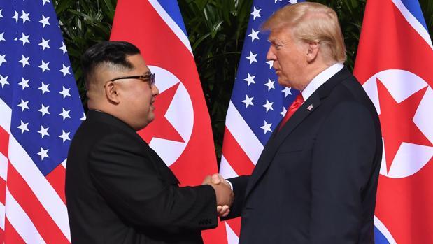 Trump y Kim Jong-un firman un acuerdo para «dejar el pasado atrás»