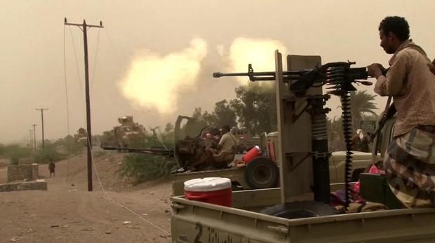 Fuerzas yemeníes arrebatan a los rebeldes hutíes el aeropuerto de Al Hudeida
