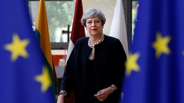 May vuelve a salvar otra rebelión interna por el Brexit