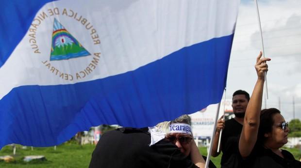Nicaragua retoma el Diálogo Nacional mientras la represión orteguista arrasa Masaya