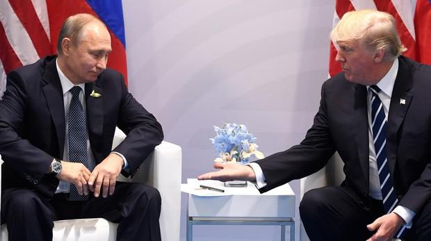 Un asesor de Trump viaja a Moscú para preparar un «posible encuentro» con Putin
