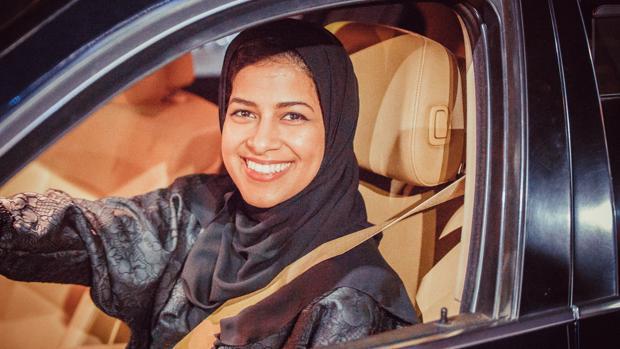 Las mujeres saudíes se ponen hoy al volante por primera vez
