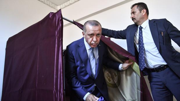 Erdogan pide el voto para la «revolución democrática»