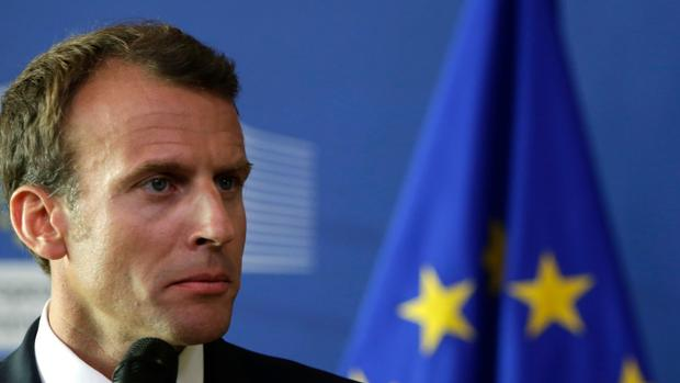 Macron se lanza a la reconquista del electorado católico