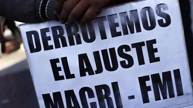 Los sindicatos paralizan el país en su tercera huelga contra Macri