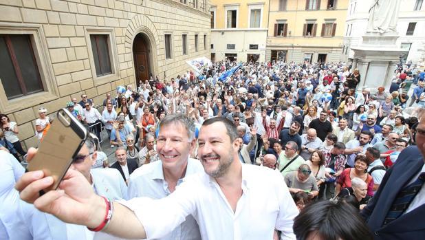 «Querido Salvini: no tenemos carne humana a bordo, sino personas»