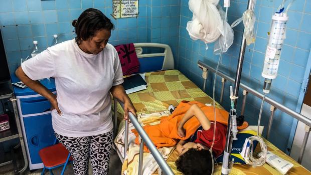 Huelga indefinida de enfermeras en los hospitales de Caracas