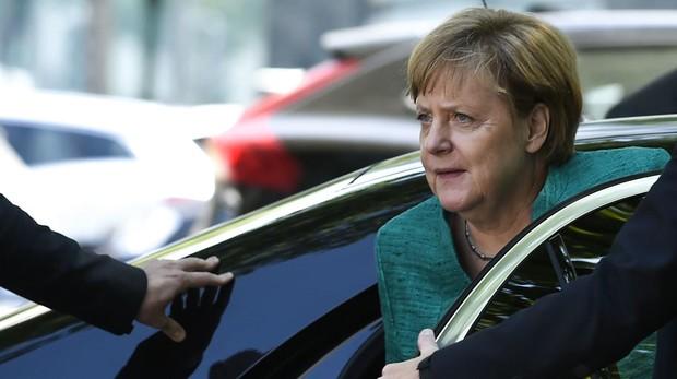 Merkel no logra un acuerdo de mínimos en inmigración que calme a sus socios bávaros