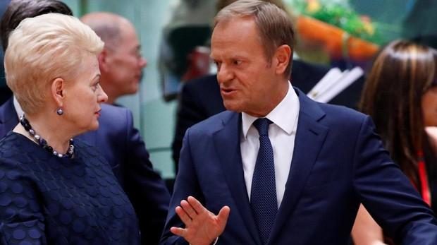 Tusk pide reforzar fronteras exteriores porque la alternativa sería cerrarlas