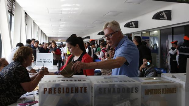 «Los mexicanos hemos votado por el cambio»: a la espera del resultado de unas elecciones históricas