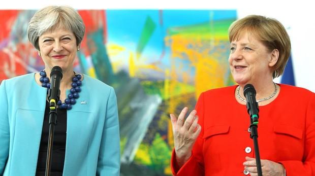 Merkel solo ve «seguro» el vínculo de la seguridad con Londres tras el Brexit