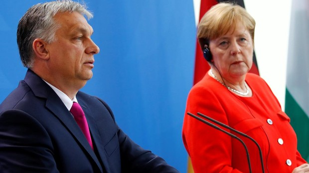 Orbán, tras su reunión con Merkel: «La canciller y yo vemos la política migratoria de formas distintas»