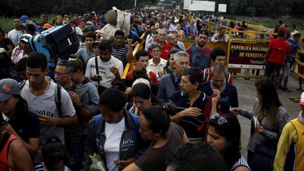 Más de 50 países urgen a Maduro restaurar el Estado de Derecho y permitir ayuda humanitaria