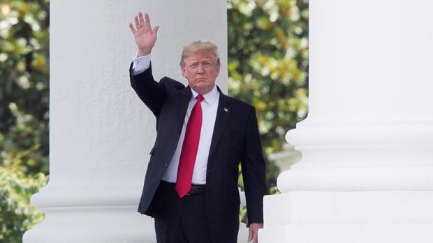 Trump torpedea el Obamacare con un bloqueo de miles de millones de dólares