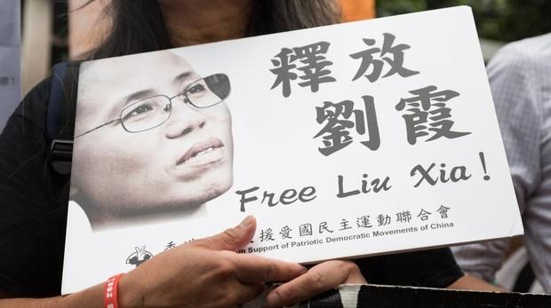 Liu Xia, viuda del Nobel de la Paz Liu Xiaobo, sale de China hacia Alemania