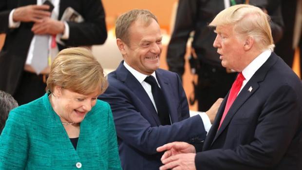 Las riñas entre Trump y Tusk enturbian el inicio de la cumbre de la OTAN