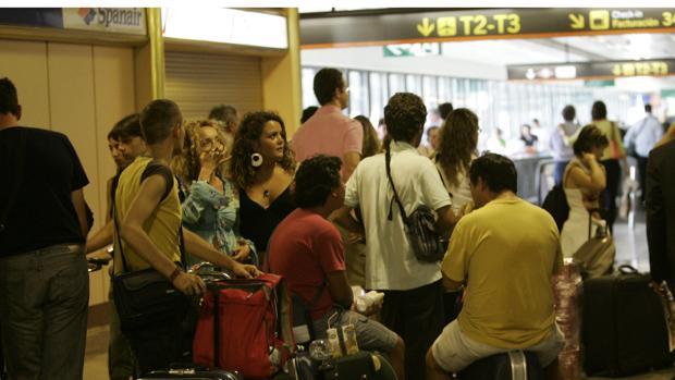 Explosión en los alrededores del aeropuerto del Cairo