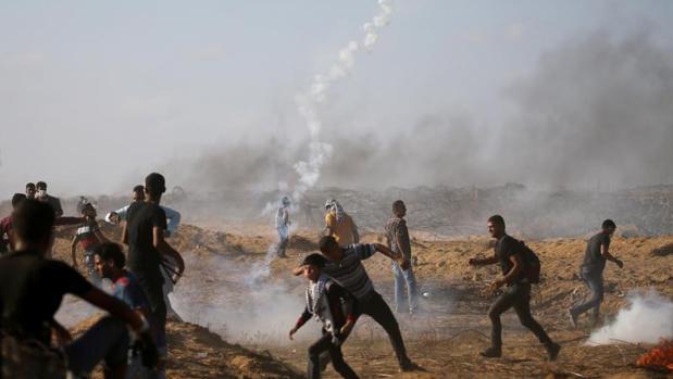 Un menor palestino muere por un disparo del Ejército israelí durante las protestas en Gaza