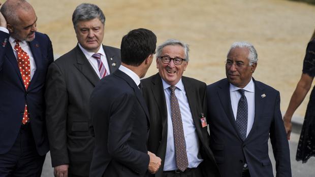 Las escenas más surrealistas y polémicas que ha protagonizado Jean-Claude Juncker