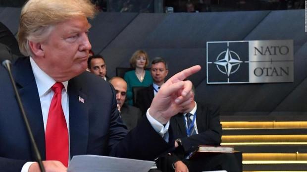 Trump presume de que la OTAN «es hoy más sólida gracias a mí»