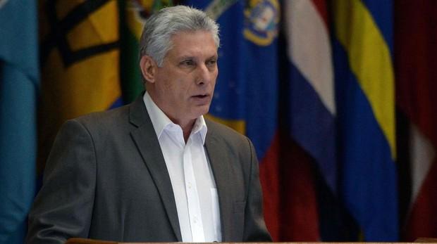 Cuba planea acercarse al capitalismo