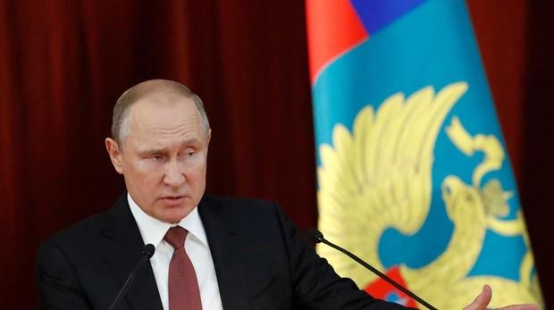 El presidente ruso, Vladímir Putin, ayer durante una reunión con los embajadores rusos en el extranjero