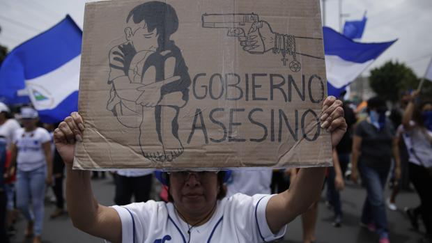 Los paramilitares aterrorizan a la Iglesia en Nicaragua