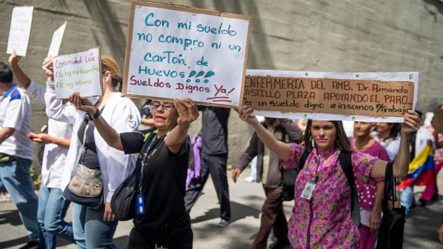 La subida salarial a los militares provoca una huelga general