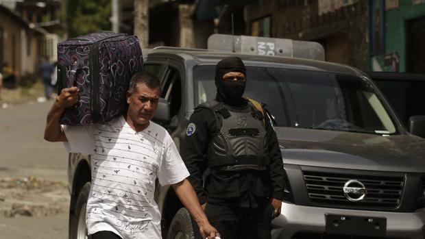 Seis nicaragüenses y una brasileña, nuevas víctimas de la violencia en Nicaragua