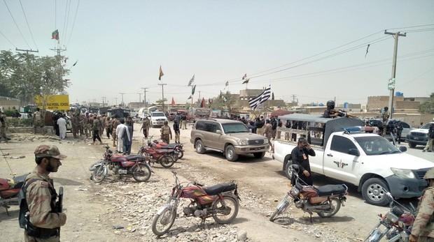 Al menos 31 muertos y 30 heridos en un ataque suicida durante las elecciones en Pakistán