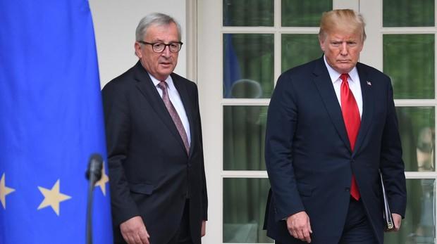 La UE acoge con alivio el pacto de no agresión entre Trump y Juncker