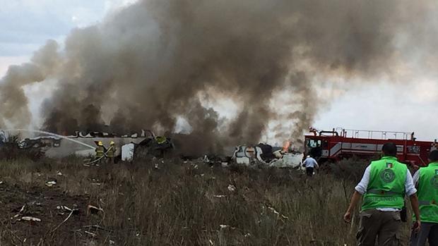 Un centenar de pasajeros y tripulantes han sobrevivido a un accidente aéreo en México